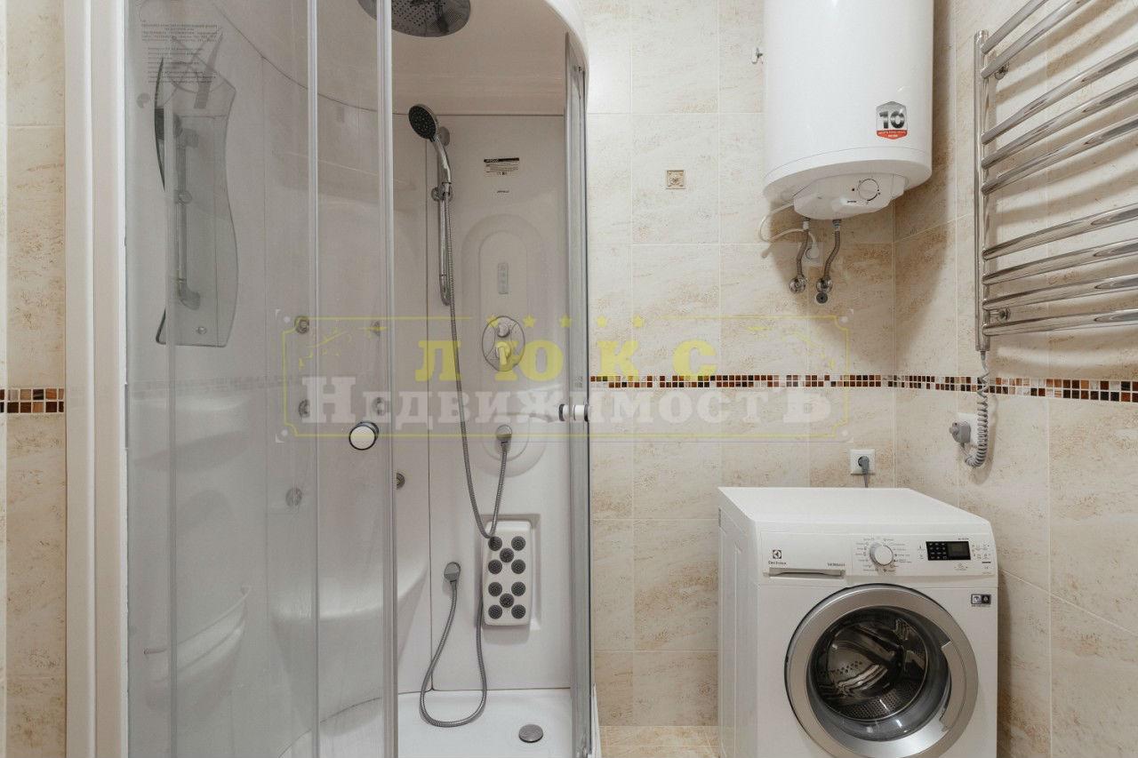 продажа двухкомнатной квартиры номер A-119460 в Приморском районе, фото номер 8